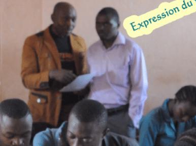 concertation entre l'enseignant et l'accompagnateur
